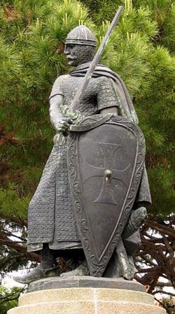Statue Don Afonso Henriques