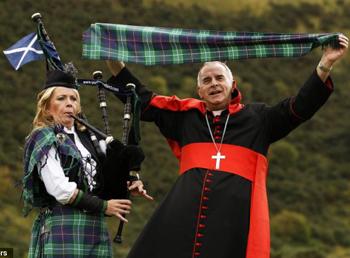 El cardenal O'Brien gaitas