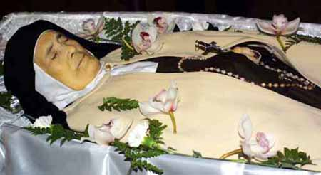 THe body of Sister Lucy in her coffin