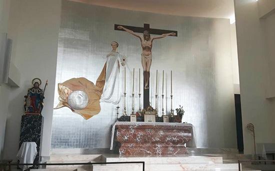 St  Joseph in the Canon & SSPX Chapel