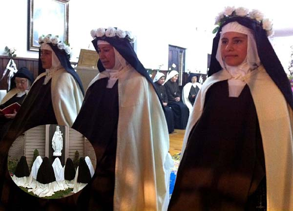 435_Carmelites01.jpg - 50708 Bytes
