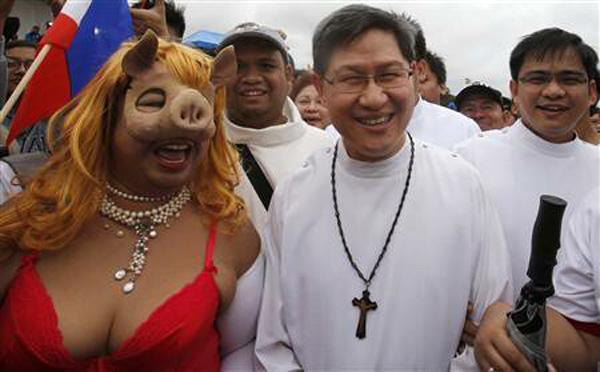 Cardenal Luis Tagle 01