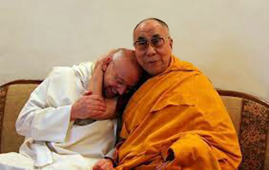 Dalai Lama con Laurence Freeman