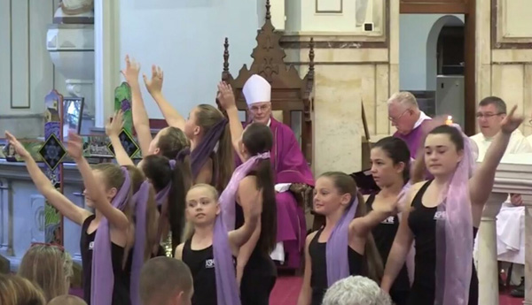 Liturgical dance - Maitland, New Castle 01