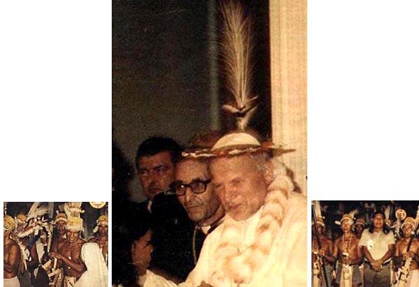 Rions ( ou plutôt pleurons...) avec nos popes con-ciliaires ! 038_JPIHats1