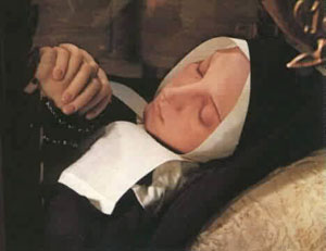 Cuerpo incorrupto de Santa Bernardita 1