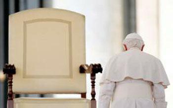Benedicto abandona la Cahir de Pedro