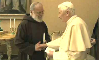 Raniero Cantalamessa - Benedicto XVI